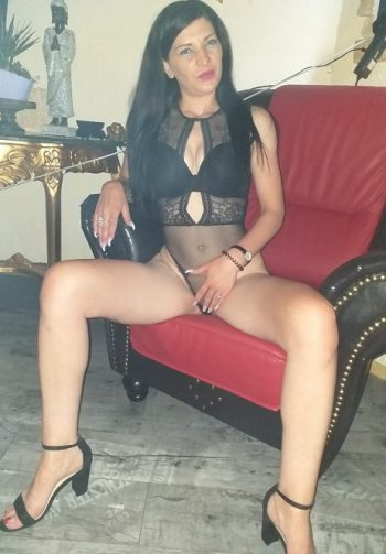Adeline sexsüchtige Griechisch Liebhaberin