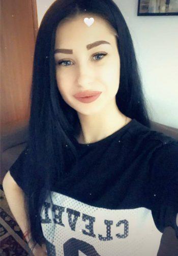 Alessa -19 Jahre